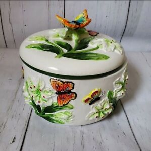 Round Ceramic Monarch Butterfly  Meadow Flower Covered Serving Dish with Lid