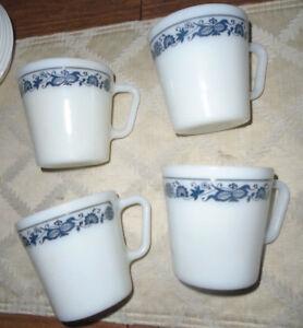 "4 Pyrex Milk Glass ""Old Town Blue Onion"" 1410 Coffee Tea Cups Mugs D Handle"