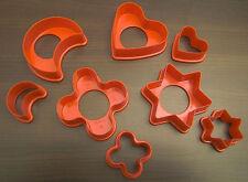 Tupperware Plätzchenausstecher Ausstecher für Plätzchen 8er Set rot Neu OVP