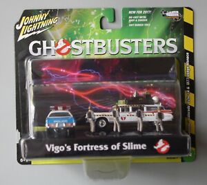 Johnny Lightning - Ghostbusters Diorama w/1977 NYPD 1:64 Diecast Set #JLCP7041
