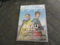 """DVD NEUF """"C'EST BEAU LA VIE"""" Gerard JUGNOT, Francois DEBLOCK, Isabelle MERGAULT"""