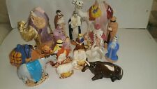 Set of 18 pieces Christmas Manger Figurines Excellent condition