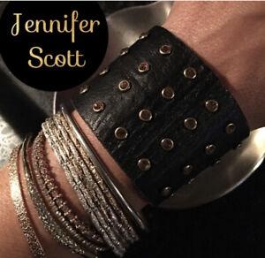 Jennifer scott Leather Cuff. Brads and Citroen Crystal. Double snap. EUC