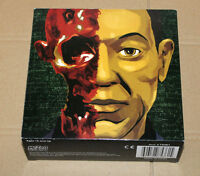 BREAKING BAD Gustavo Fring Burned Face Exclusive Action Figure Mezco Figur