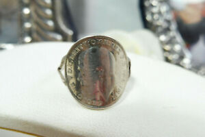 Vintage King George V Silver Three Pence Coin Ring 1917 Size J/5