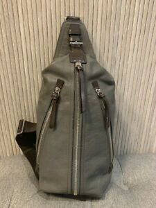 Authentic Men's Gray Thompson Leather Sling Pack 70360