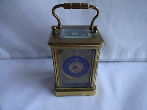 VINTAGE MINIATURE FRENCH BRASS 8 DAY CARRIAGE CLOCK BLUE DIAL HEIGHT 8 cm