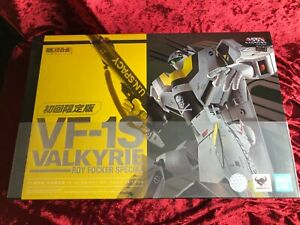 BANDAI DX Chogokin First Limited Edition VF-1S Valkyrie Roy Focker