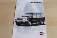 140036) Nissan Pathfinder Prospekt 09/1997