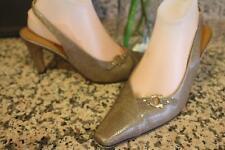 Salvatore Ferragamo embossed slingback heels shoe size 8,5d (sh3000