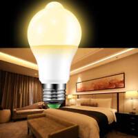 E27 9W Motion Control PIR Sensor LED Dusk till Dawn Sensor Light Bulb Warm White
