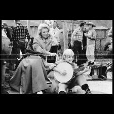 Photo F.002363 KATHIE BROWN & BUDDY FOSTER (HONDO) 1967