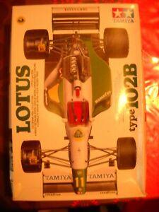 TAMIYA LOTUS F1 TYPE 102 B 1/20