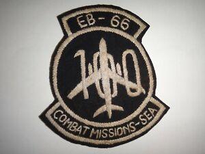 "USAF EB-66 "" 100 Combat Missions - Sud-Est Asie "" Vietnam Guerre Main Cousu"