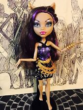 Monster High Travel Scaris City of Frights Clawdeen Wolf Doll 11""