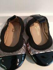 NEW IN BOX Yosi Samara Dark Silver/Black Toddler Size 5C (orig $60)