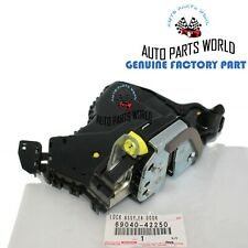 GENUINE TOYOTA CAMRY SEQUOIA VENZA CT200h DRIVER DOOR LOCK W/MOTOR 69040-42250