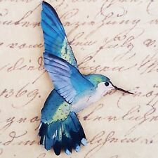 Kitsch Impreso de Madera Pájaro Azul Verde Amarillo Flying Colibrí Broche Pin 60mm