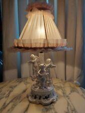 Lampe en porcelaine angelots , Capodimonte avec son abat jour