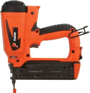 NEW Paslode 918000 IM200Li 18 Ga Cordless 7.4VOLT Li-Ion Brad Nailer GUN KIT