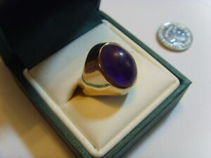 Lovely 9ct gold vintage ring with a large amethyst hallmarked