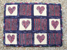 HAND HOOKED WOOL RUG HEARTS AND HIT OR MISS HAND DYED WOOL