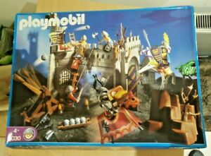 PLAYMOBIL 3030 ADVENTURE KNIGHTS CASTLE NEW IN BOX ©2001 VINTAGE MADE IN GERMANY
