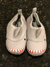 Old Navy Size 6 Baby Boy Toddler Water Shoes Gray Shark Swim Slippers