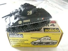 voiture miniature SHERMAN M4 /Solido 231