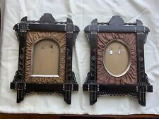 MATCHING PAIR OF EASTLAKE PICTURE FRAMES