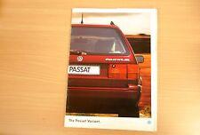 OLD 1994 VW PASSAT VARIANT ESTATE PETROL / DIESEL CAR BROCHURE SALES LITERATURE