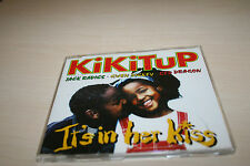 Kikitup /J. Radics, G. Dickey, R. Dragon -It's in her kiss- MCD + Info-Blattrar