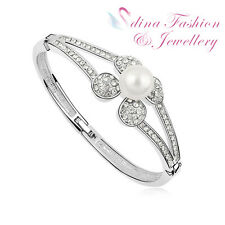 18K White Gold GP Made With Swarovski Simulated Pearl Split Band Flower Bangle