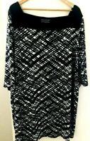 Basque Women Women's size 24 Black and White Stretch Fabric 3/4 Sleeve Dress
