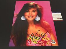 Tiffani-Amber Thiessen Saved By The Bell Signed Auto 11x14 PHOTO PSA/DNA COA