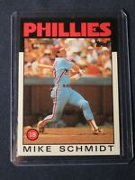 1986 Topps MIKE SCHMIDT Philadelphia Phillies Baseball Card #200 MINT -Toploader