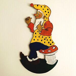 1950er Laubsägearbeit 21cm Fliegenpilz-Hocker-Zwerg Wand-Figur Deutsch Deko ALT