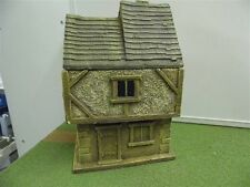 28MM PMC GAMES ME05 (PAINTED) TWO STOREY HOUSE SLATE ROOF - MEDIEVAL ECW