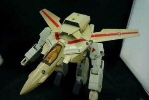 TAKATOKU TOYS Macross Robotech 1/55 VF-1J Valkyrie Transform Fighter Figure