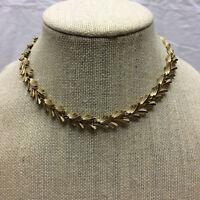 Vintage Ladies Necklace Trifari