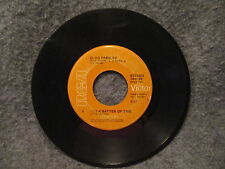 "45 RPM 7"" Record Elvis Presley Burning Love & Its A Matter Of Time 1972 74-0769"