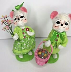 """Annalee Mobility Mouse Set  Boy Girl Green Easter Basket Flowers 6"""" Figure Plush"""