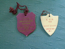 2 DIFFERENT 1953 KHR KILDARE HUNT RACES PUNCHESTOWN - HORSE RACING CARD BADGES