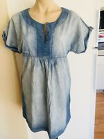 Ladies Blue Chambray JEANSWEST Dress Size 10 Faded Denim Short Sleeve