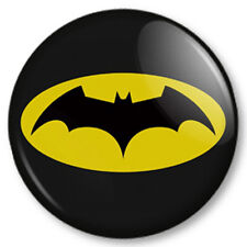 Batman (2) 25mm Pin Button Badge Superhero DC Comics Bruce Wayne Gotham Symbol