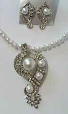 white pearl  necklace & earing set with diamante & pearl pendant