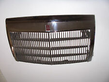 1985 LINCOLN CONTINENTAL GRILL & SURROUND TRIM OEM USED ORIG 1987 1986 1984
