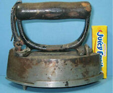OLD SENSIBLE TOY IRON & MATCHING NIC/PLATED TRIVET ***NOW ON SALE*** CI 851