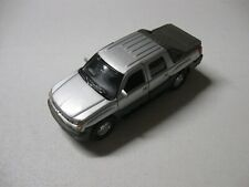 1:38 SCALE WELLY CHEVROLET AVALANCHE DIECAST TRUCK PULLBACK W/O BOX