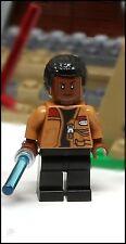 NEW 2016 LEGO STAR WARS FINN W/ BLASTER & LIGHTSABER MINIFIGURE 75139